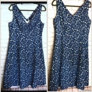 Boden size 14R Blue&White sleeveless Floral Dress
